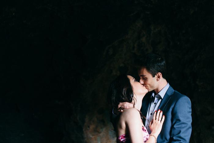 sheky-kissed-jonathan-in-yarralla estate cave