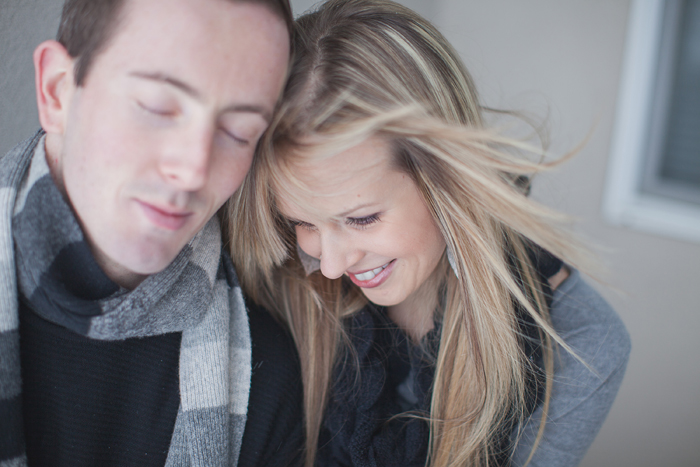 gorgeous-winter-engagement