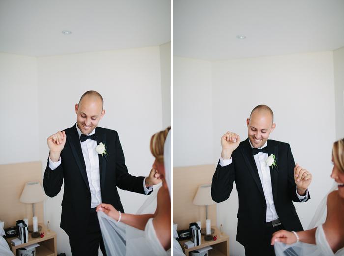 wedding-celebrations-in-hotel-room