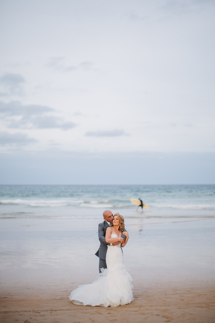 sydney-wedding-with-surfer-at-manly-beach
