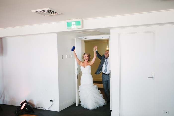 wedding-entrance-for-husband-and-wife