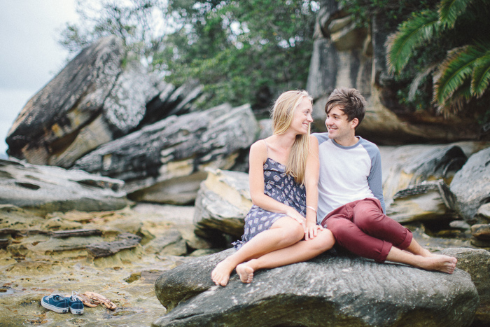 rocky-beach-engagement-session