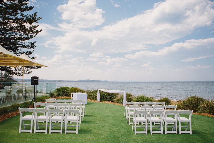 sydney-wedding-ceremony-beachside