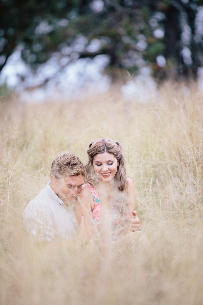 cute-photography-for-engaged-couples