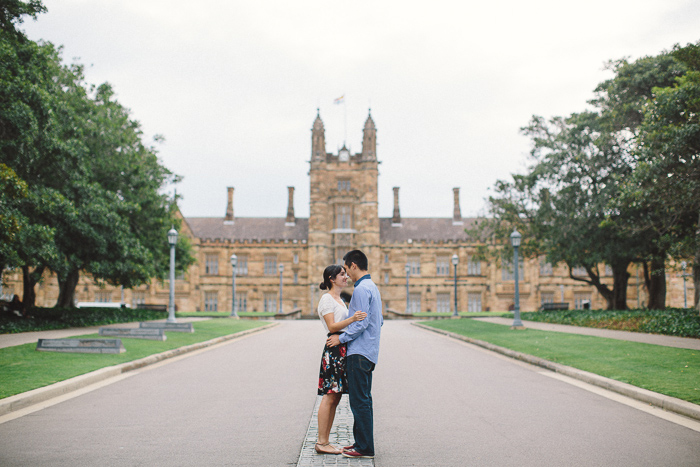 sydney-university-main-quadrangle-engagement-session