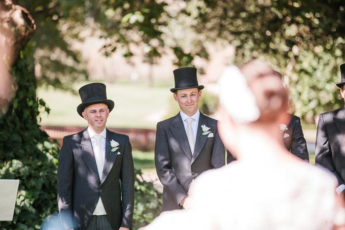 first-look-groom-sees-his-bride