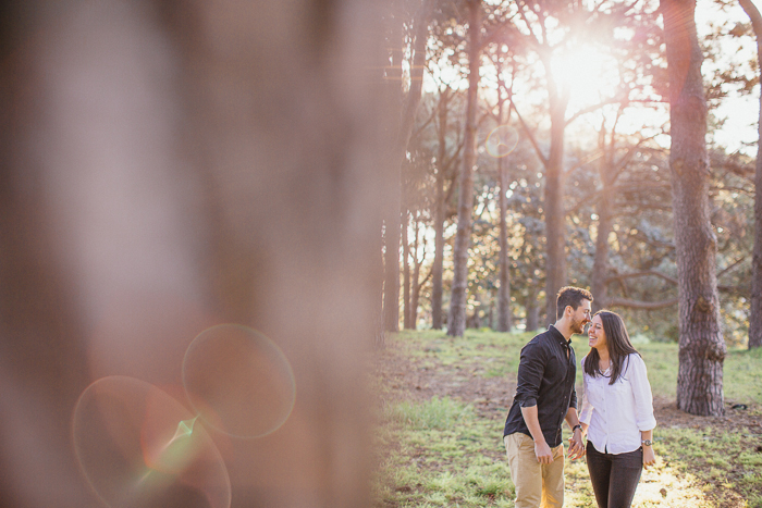 backlit-engagement-photos