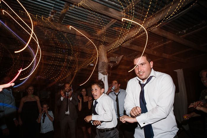 wedding-barn-dancing