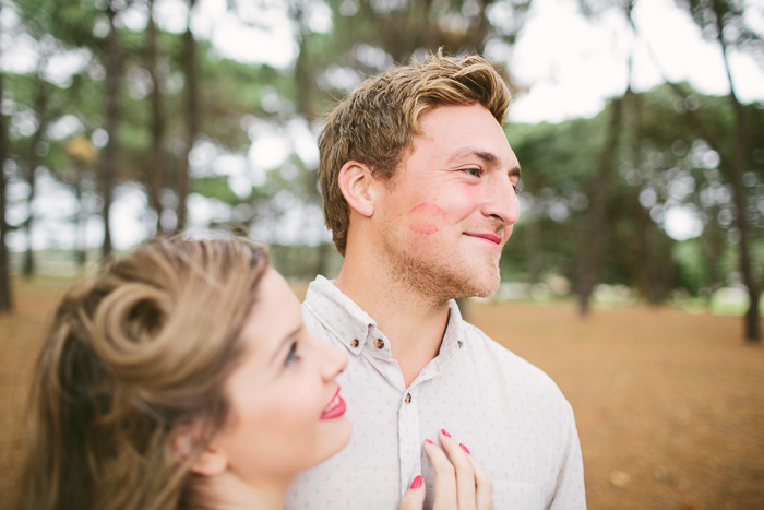 cute-engagement-photography-lipstick