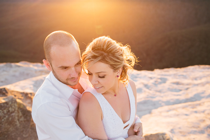 golden-hour-engagement-photography