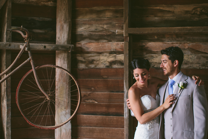 vintage-farm-wedding