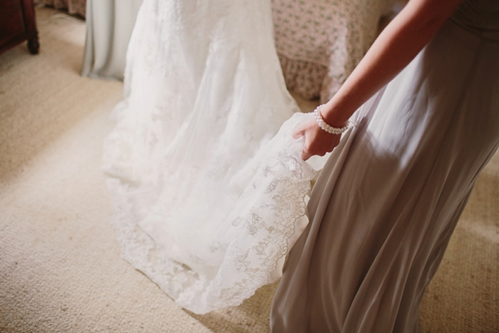 lace-train-on-wedding-dress