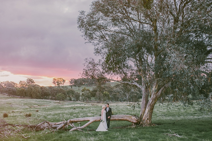 golden-hour-wedding-photography-the-stables-binda