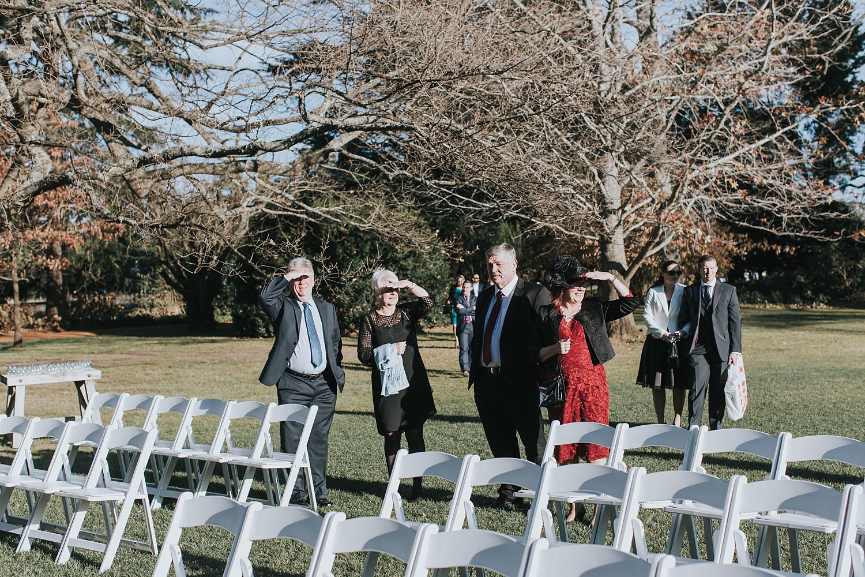 guests arrive for wedding ceremony at bendooley estate