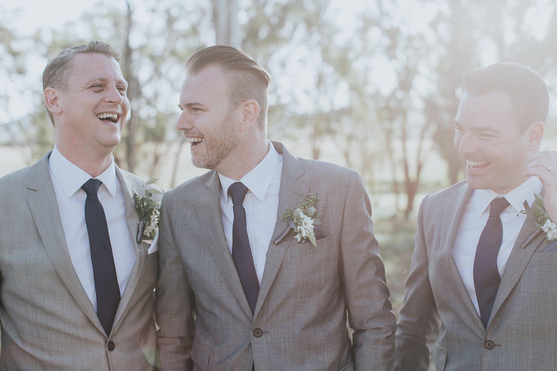 candid mudgee photos of groomsmen
