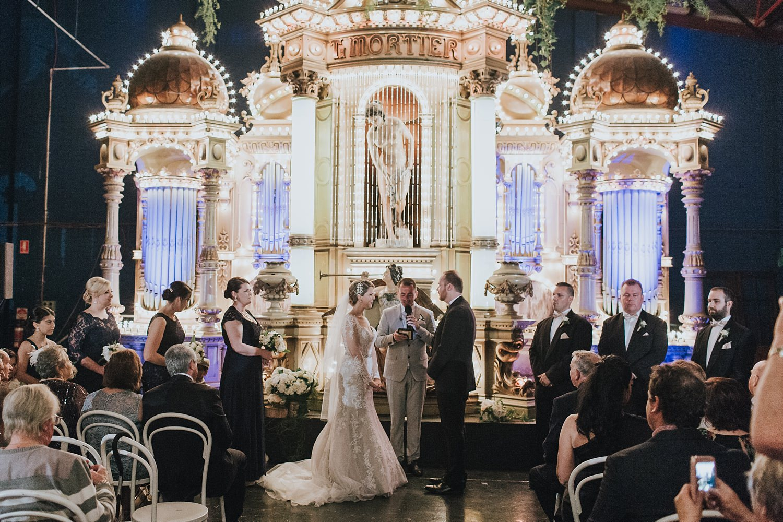 fairground follies wedding ceremony photos