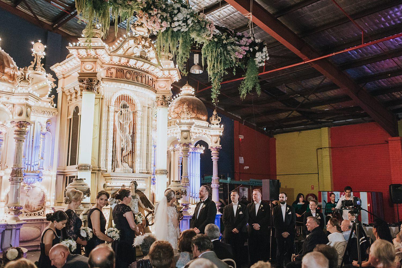 honest wedding photography at fairground follies