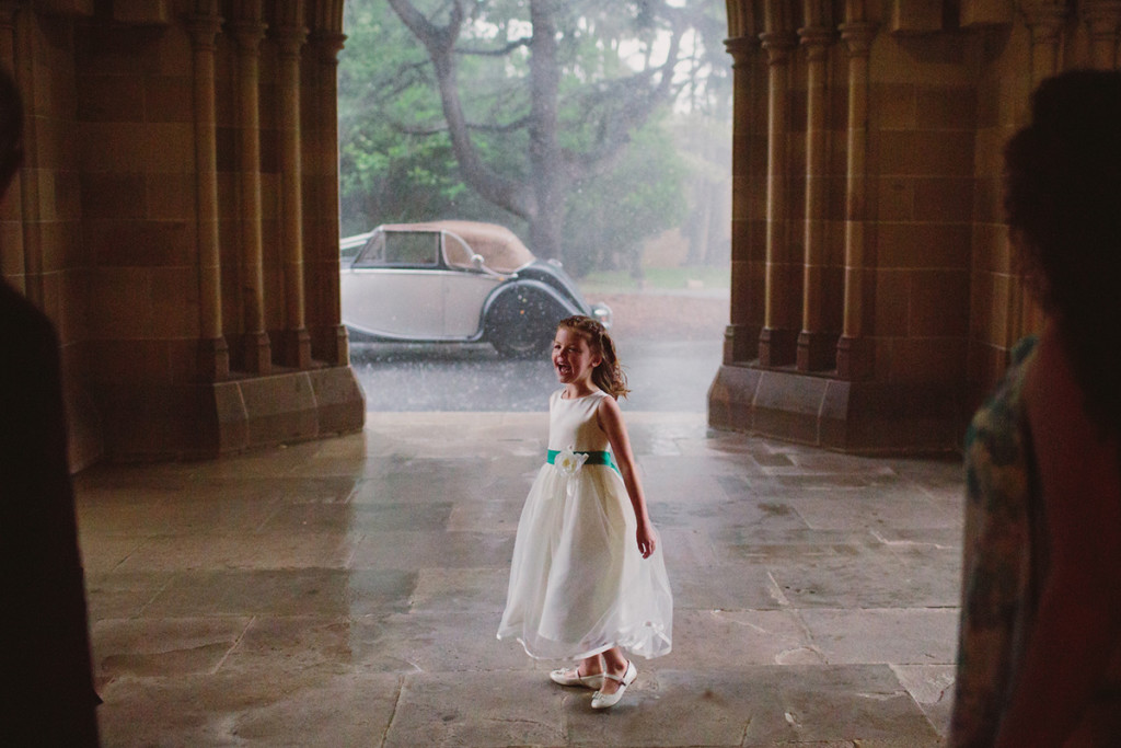 042-rainy-day-wedding-photography