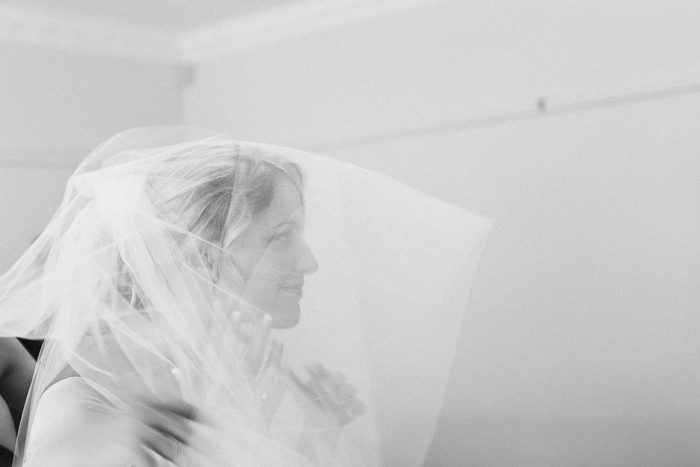 bride-veil-for-traditional-weddings