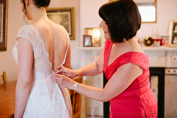 buttoning-the-back-of-the-dress