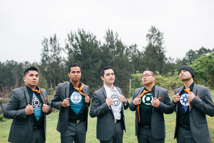 groom-with-his-groomsmen