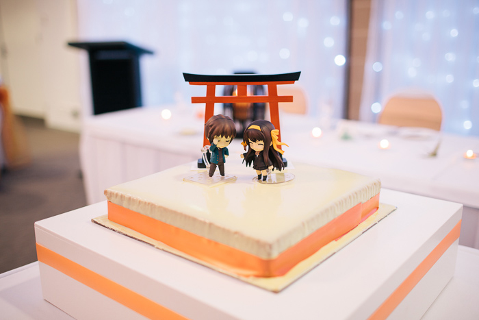 japanese-anime-cake-toppers