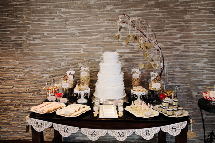 paper-playground-wedding-candy-table