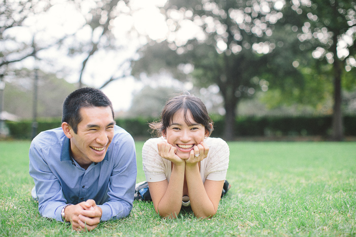cute-couples-portraits-on-the-grass