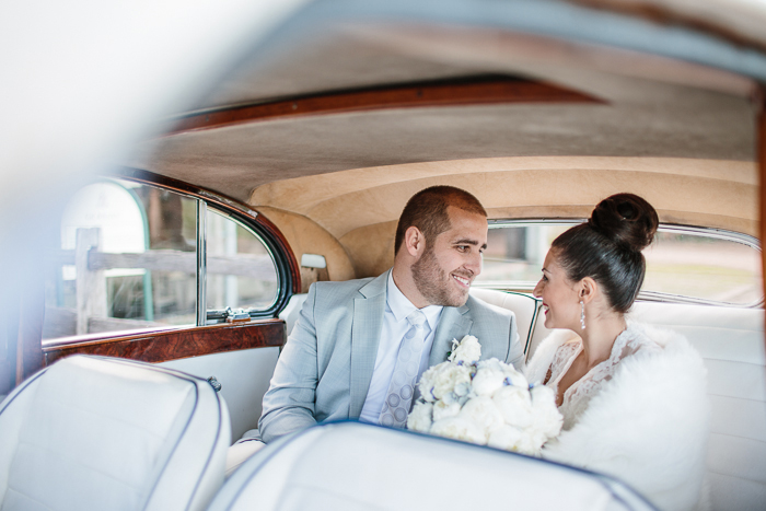 vintage-car-wedding