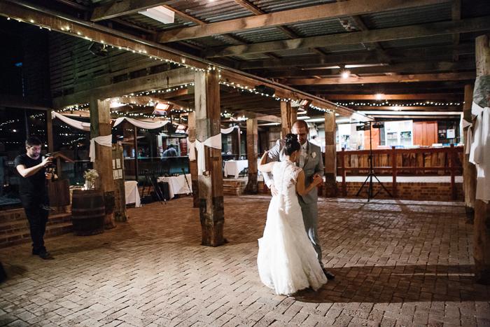 bridal-waltz-at-belgenny-farm