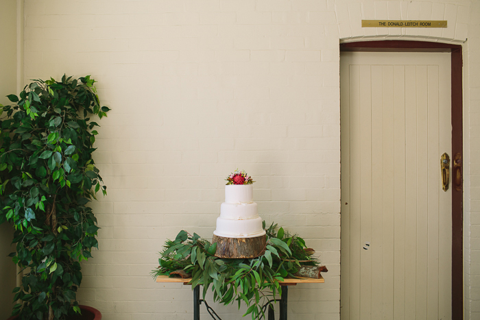 wedding-cake-natural-floral