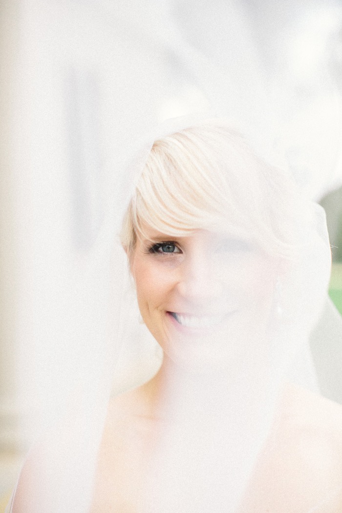 bride-veil-wedding-photography