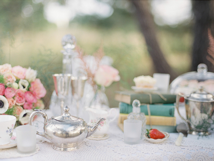 vintage-wedding-styling