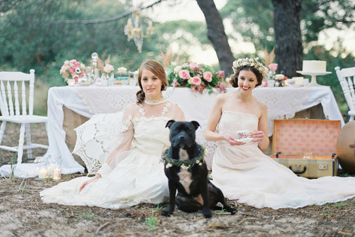 Wedding Inspiration | A Vintage Bride and Her Dog