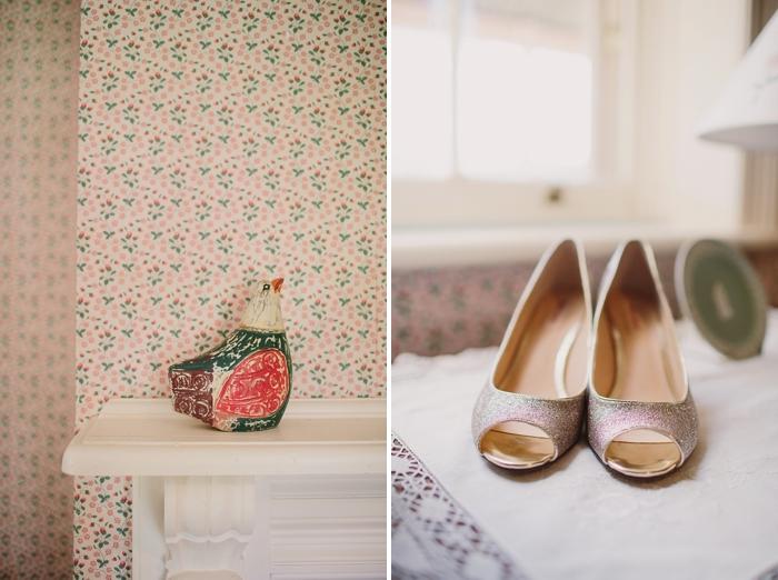 bridal-shoes-wedding-photo
