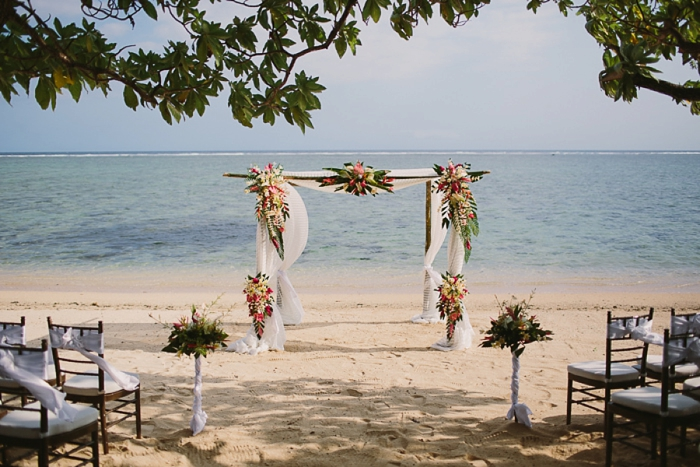 Getting married under traditional Fiji tropical flowers