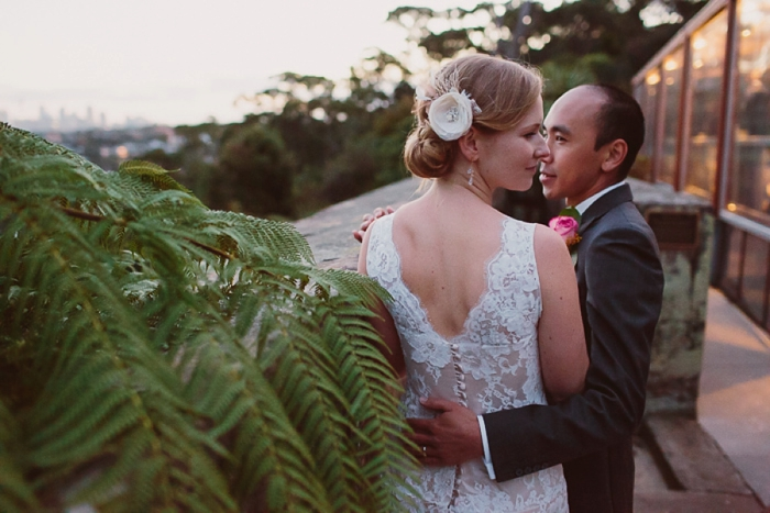 romantic-moments-for-the-bride-and-groom-in-sydney