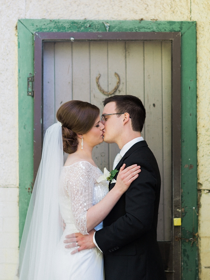 rustic wedding at peppers craigieburn wedding photography