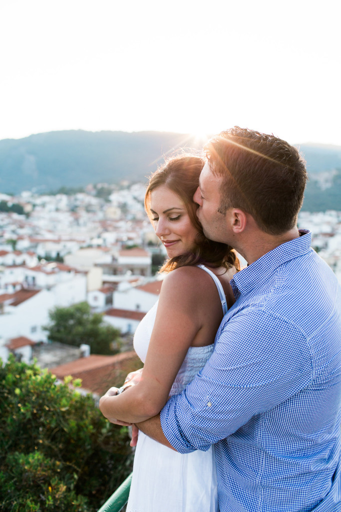 couples portrait session in skiathos town