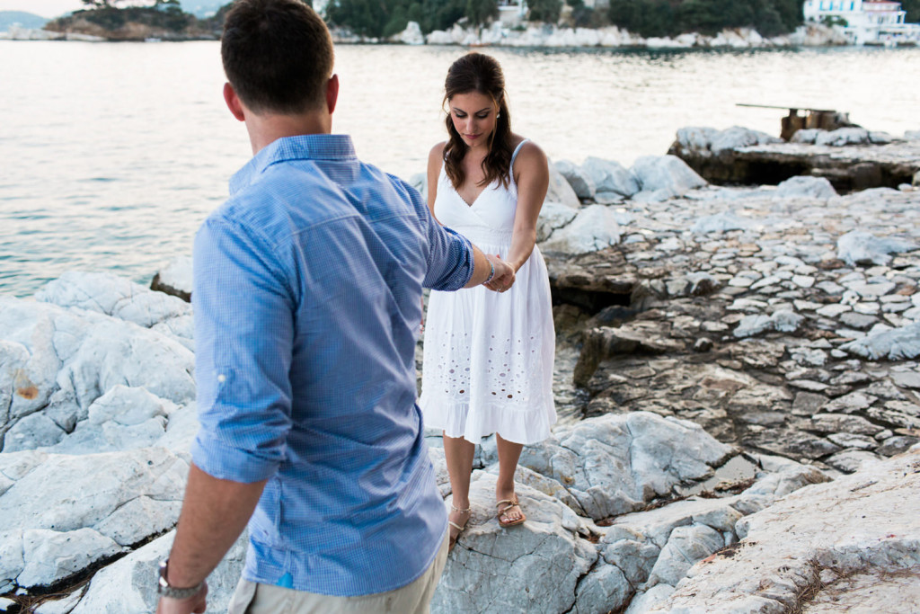 loved up engagement session in skiathos