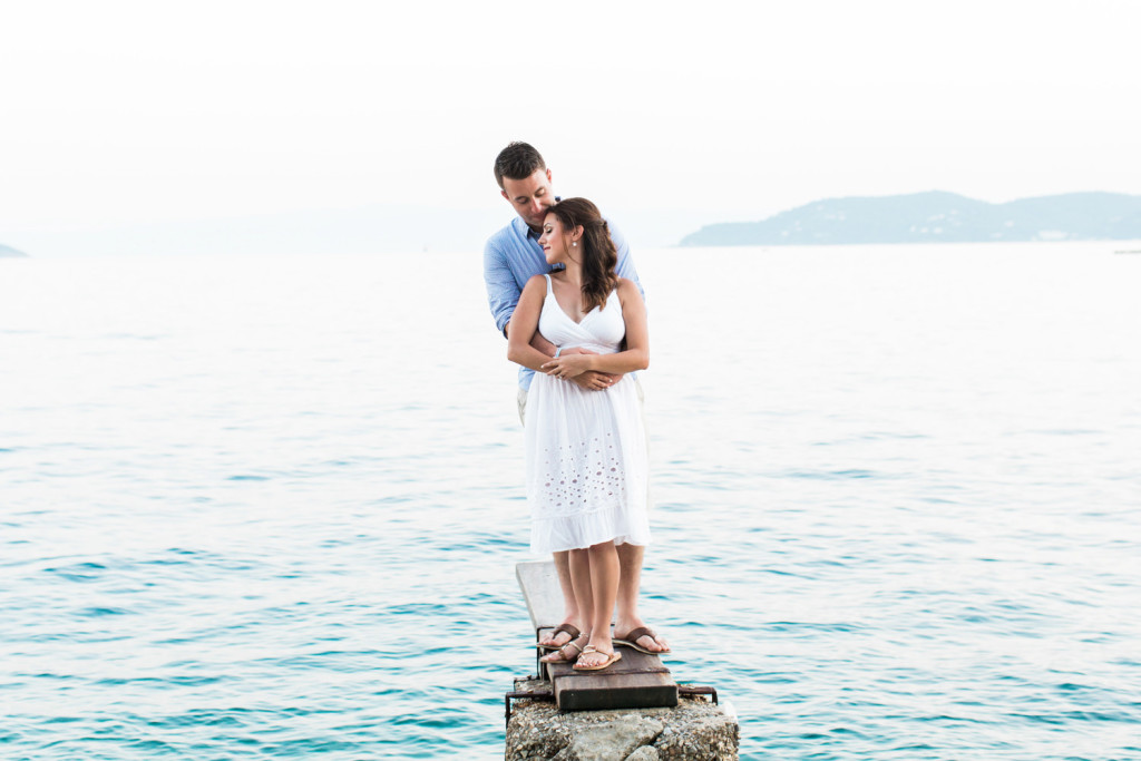 beautiful engagement photos in skiathos