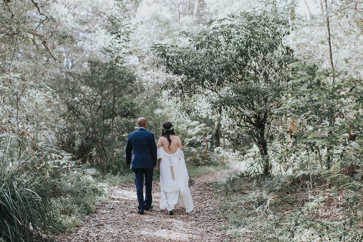 natural candid wedding photography in sydney