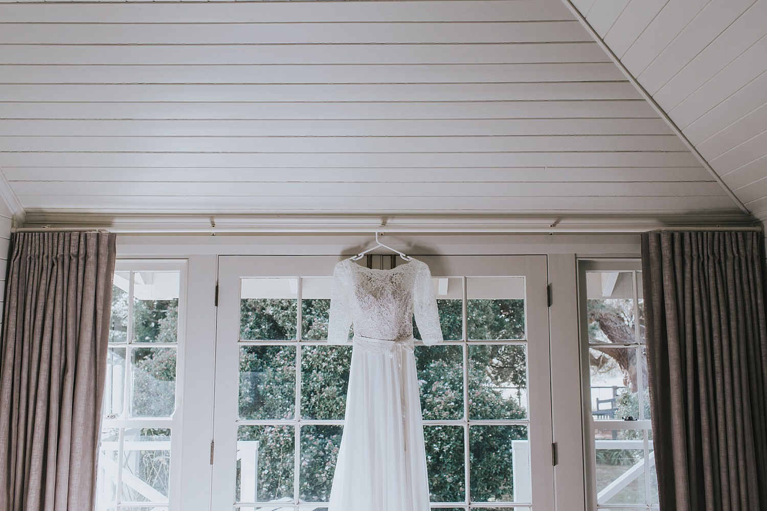 lace bridal gown in cottage at bendooley estate