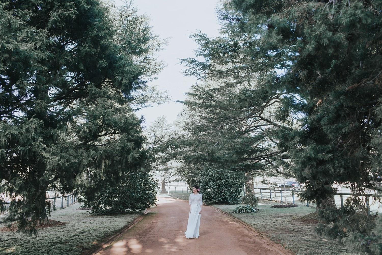 bride preparing for first look at bendooley estate berrima
