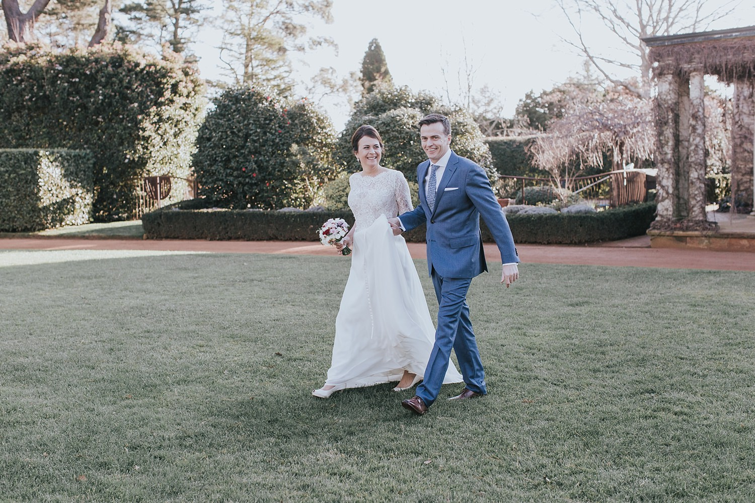 southern highlands couple getting married at bendooley estate