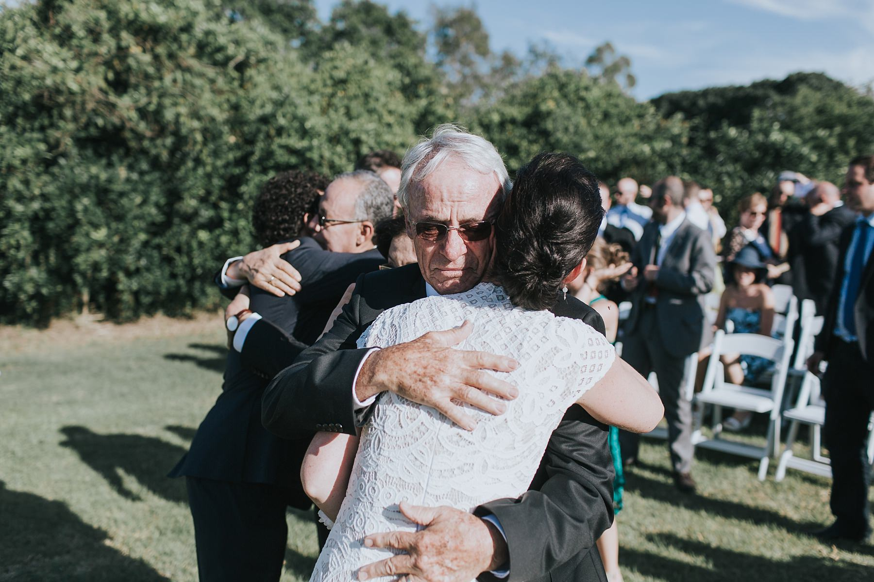 genuine wedding photos