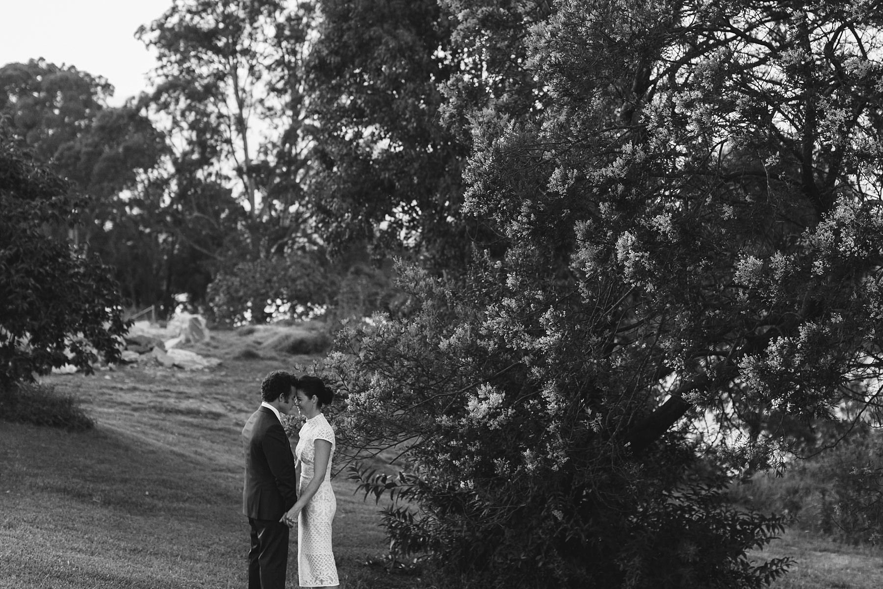 raw and intimate wedding photos at cornwallis house