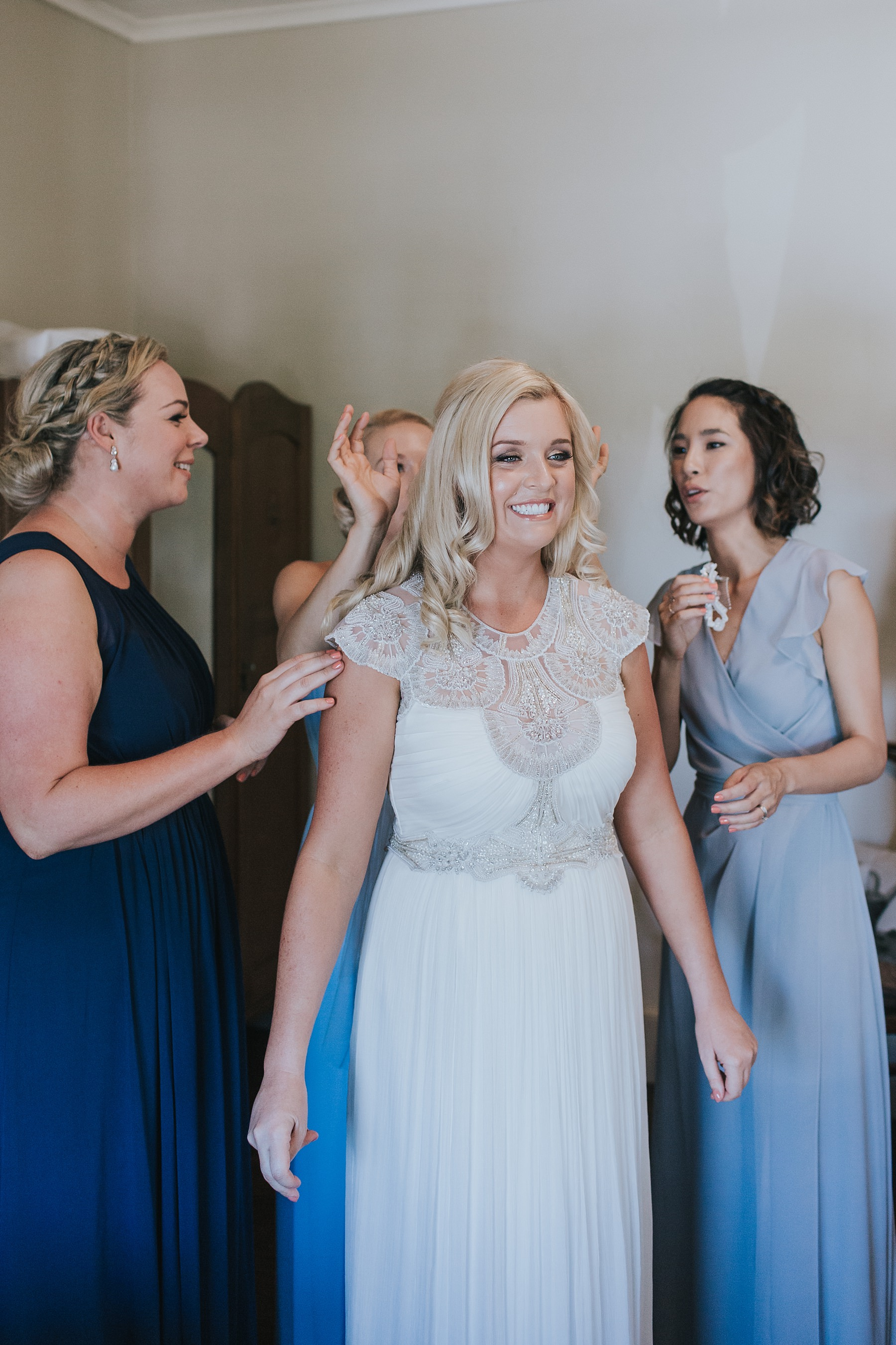 savvy brides getting into mudgee dress
