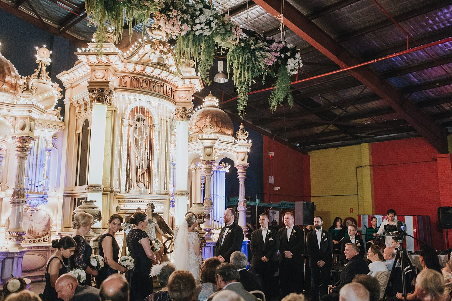 honest wedding photography at fairground follies