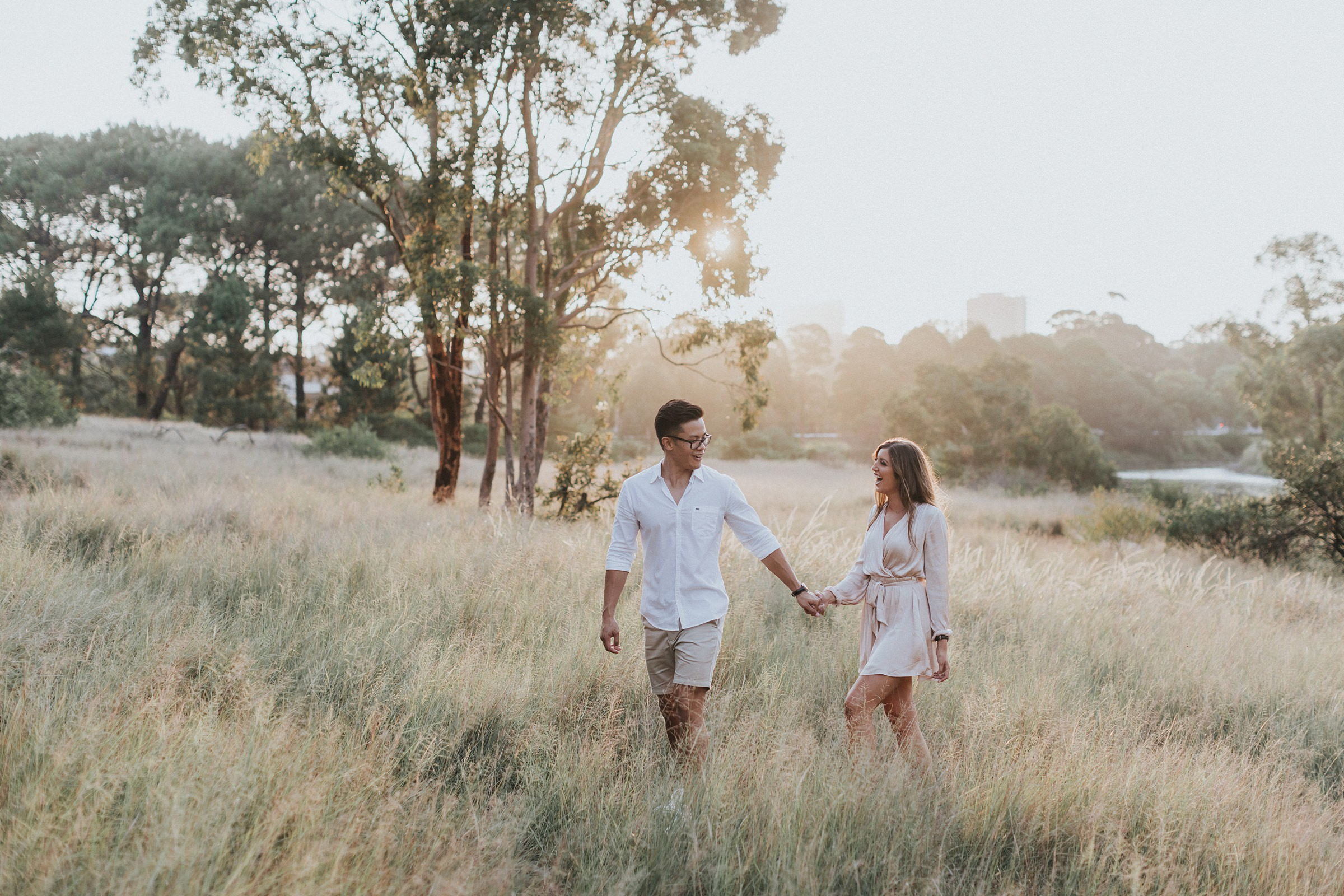 golden hour engagement photos in sydney